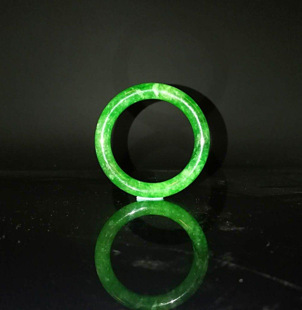 Chinese Qing Dynasty Jade Bracelet - 4
