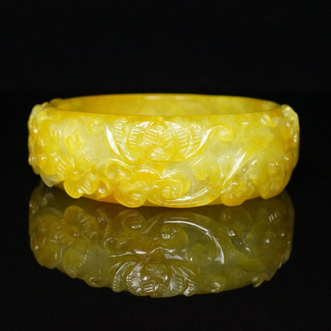 Chinese Qing Dynasty Jade Bracelet - 4