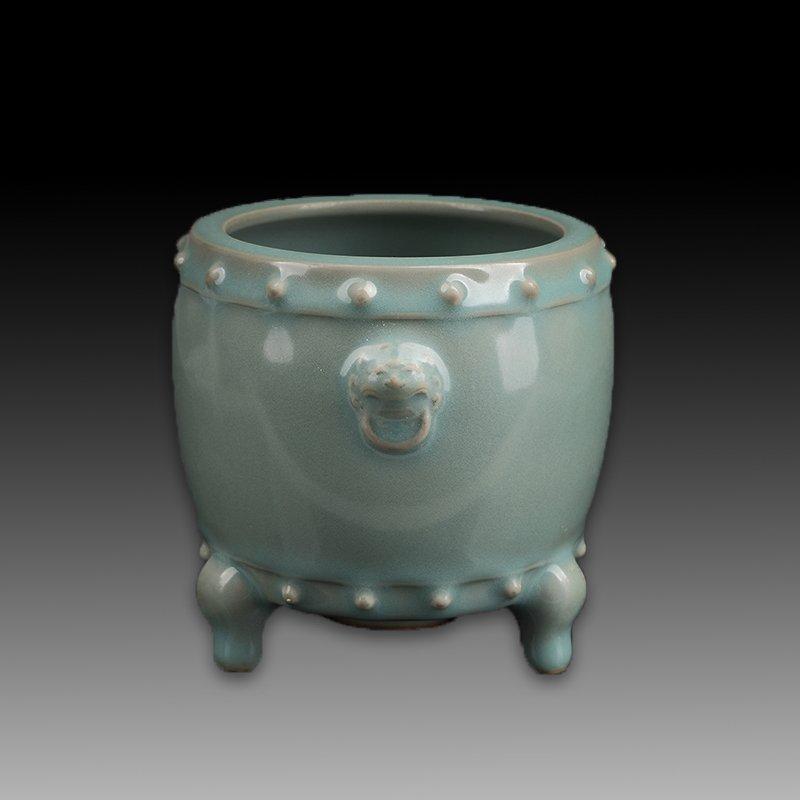 Chinese Longquan Kiln Porcelain Tripod Censer - 4