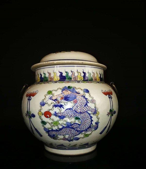 Chinese Doucai Porcelain Ginger Jar