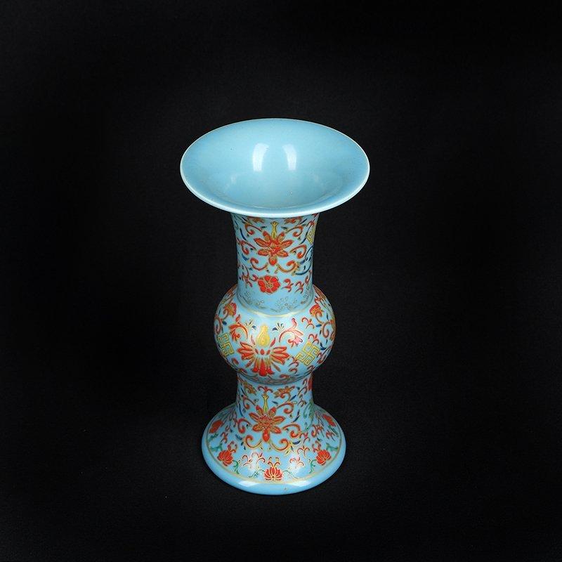 Chinese Colored enamel Porcelain Vase - 2