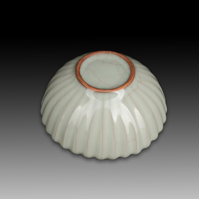 Chinese Song Style Porcelain Petals Bowl - 3