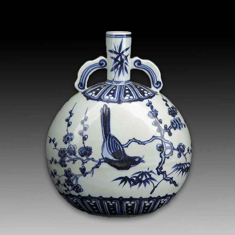 Chinese Blue and White Porcelain Vase Figure - 5