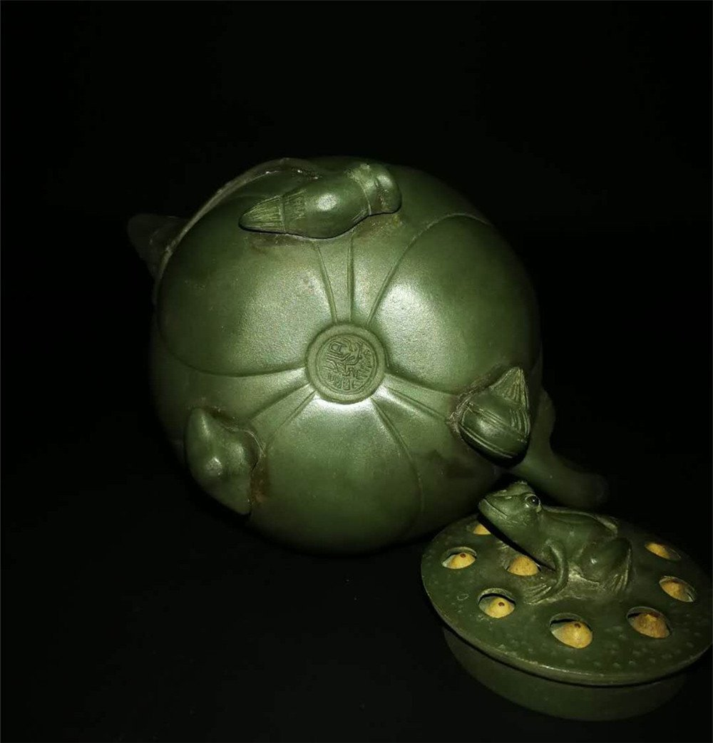Chinese zisha teapot and cover.(Mark of Jiang Rong) - 5