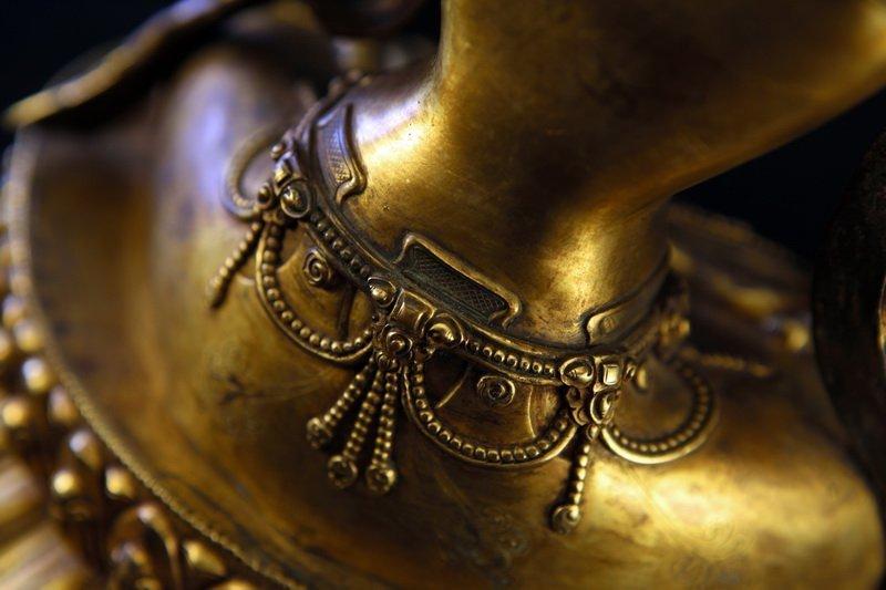 Sino-Tibetan Gilt Bronze Figure of Guanyin Buddha - 4