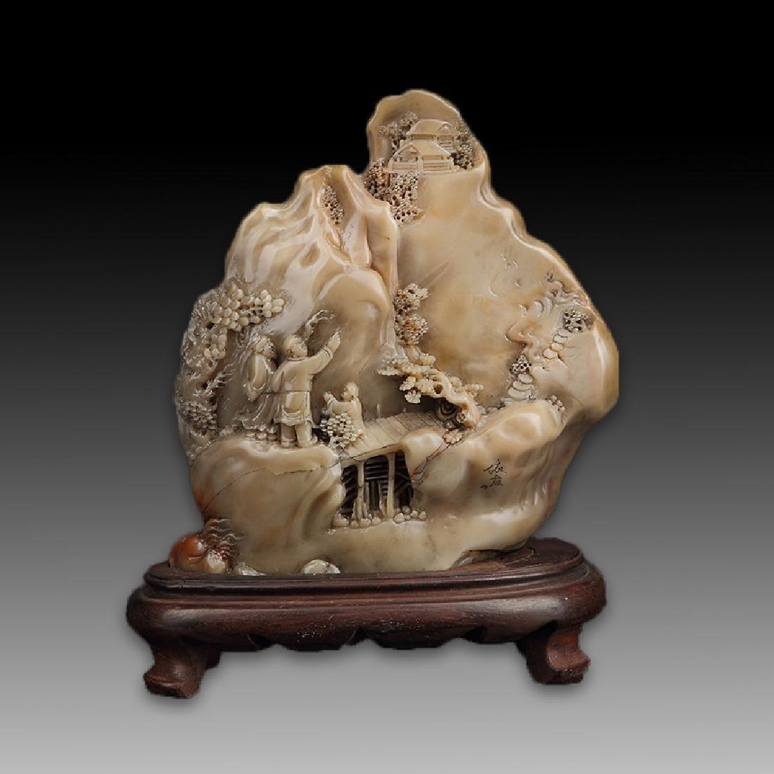 Chinese Shoushan Stone Statue