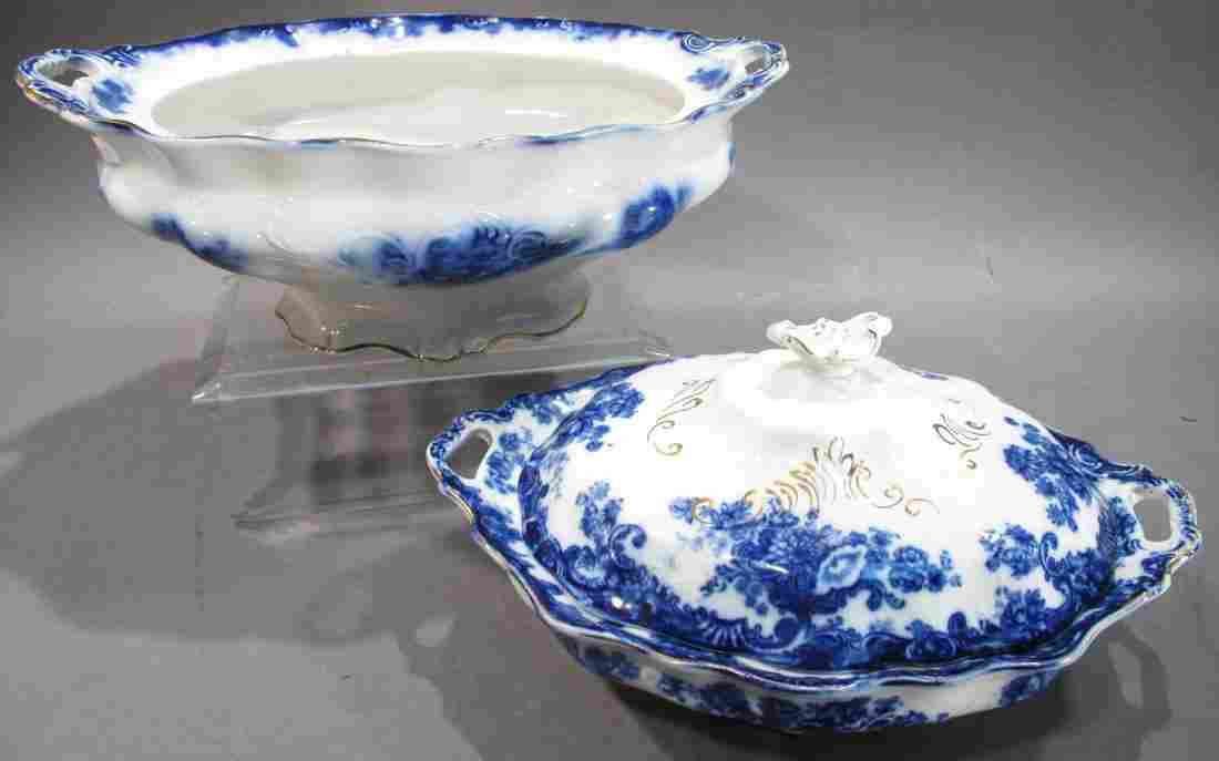 A.J. WILKINSON FLOW BLUE TRANSFERWARE COVERED VEGETABLE