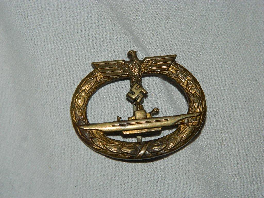 WWII  Kriegsmarine Submarine War Badge Gilded Zinc