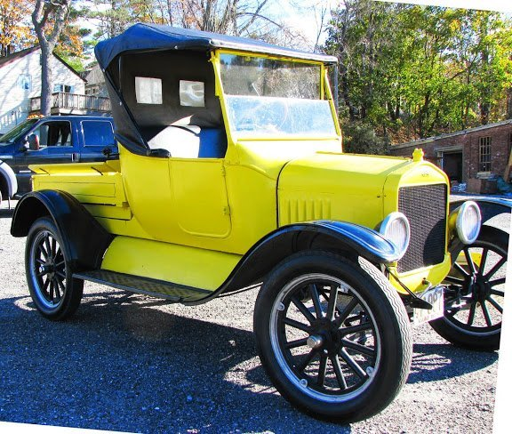 1924 Ford Model T Roadster w/Turtle Deck & Pickup Bed