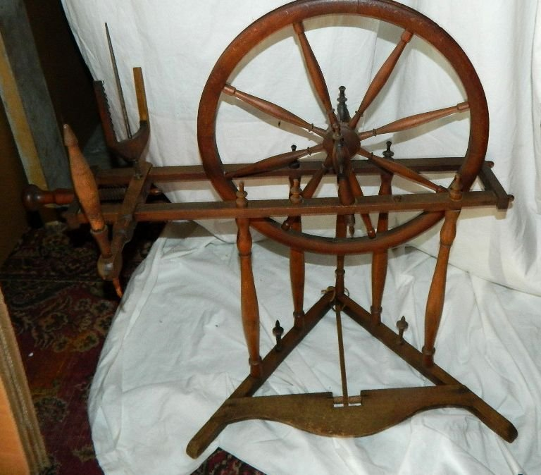 Antique Spinning Wheel Child Sized