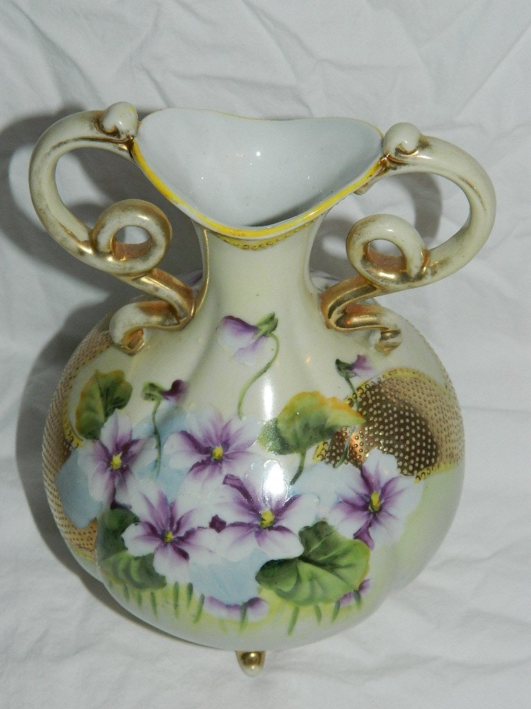 Nippon Double Handle Bulb Vase w/Gold Moriage Beading
