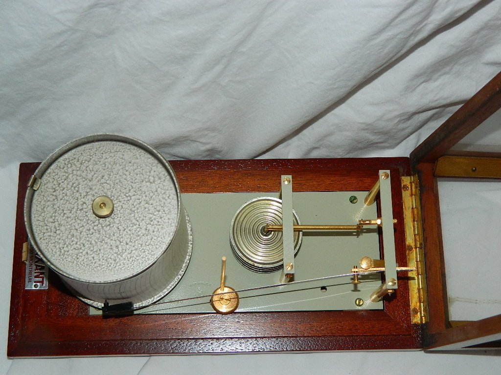 Vintage French Maxant 93100 Montreuil Marine Barograph - 3