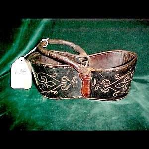 638: mid 19th C. Virginia Leather Key Basket