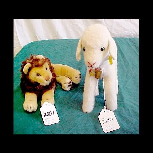 2001: Steiff Lion and Lamby Lamb