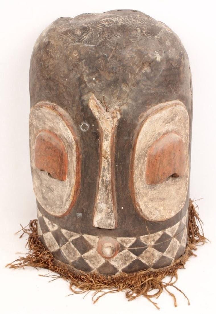 AFRICAN CARVED WOOD PAINTED MASK