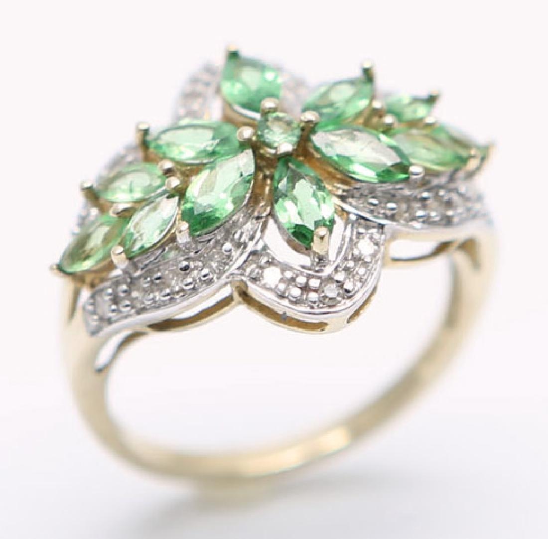 LADIES 10K YELLOW GOLD PERIDOT & DIAMOND RING