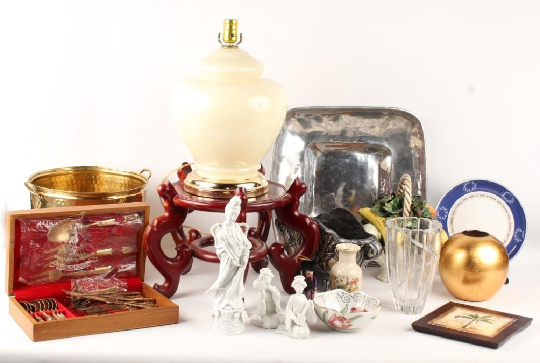 MIXED LOT OF HOUSEWARE ITEMS
