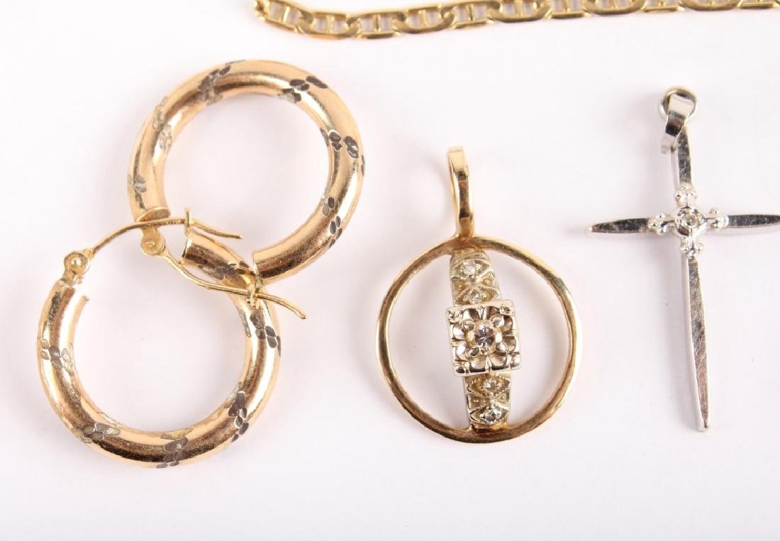 MIXED 14K GOLD JEWELRY - 2