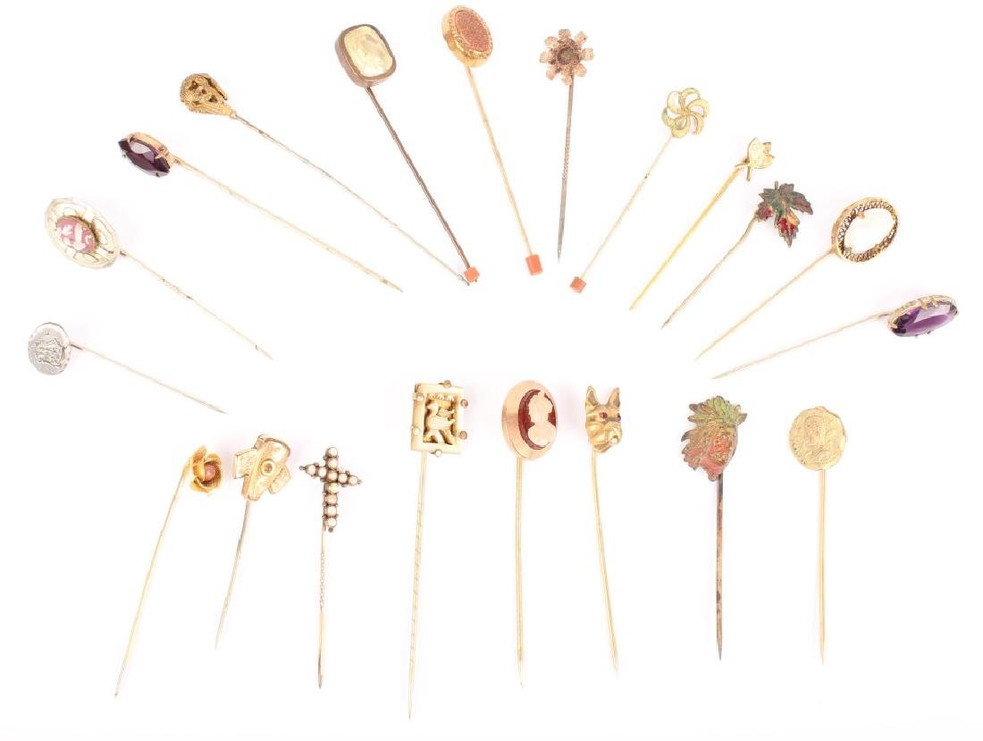 MIXED LOT OF 20TH CENTURY HAT STICK PINS