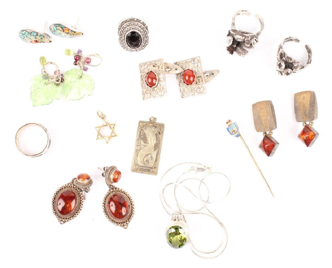 MIXED LOT OF 20TH CENTURY STERLING SILVER JEWELRY