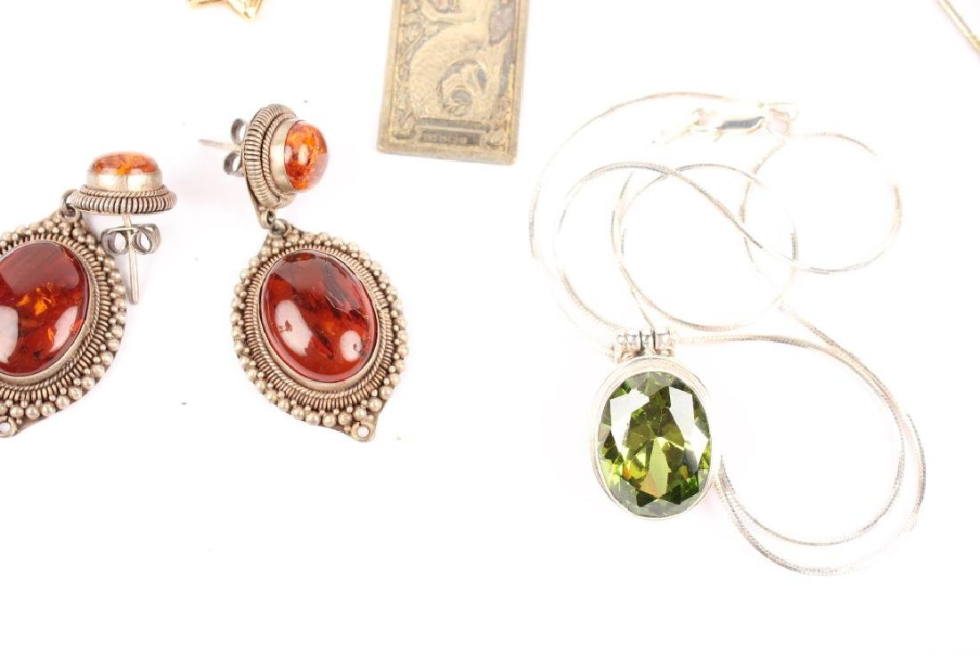 MIXED LOT OF 20TH CENTURY STERLING SILVER JEWELRY - 4