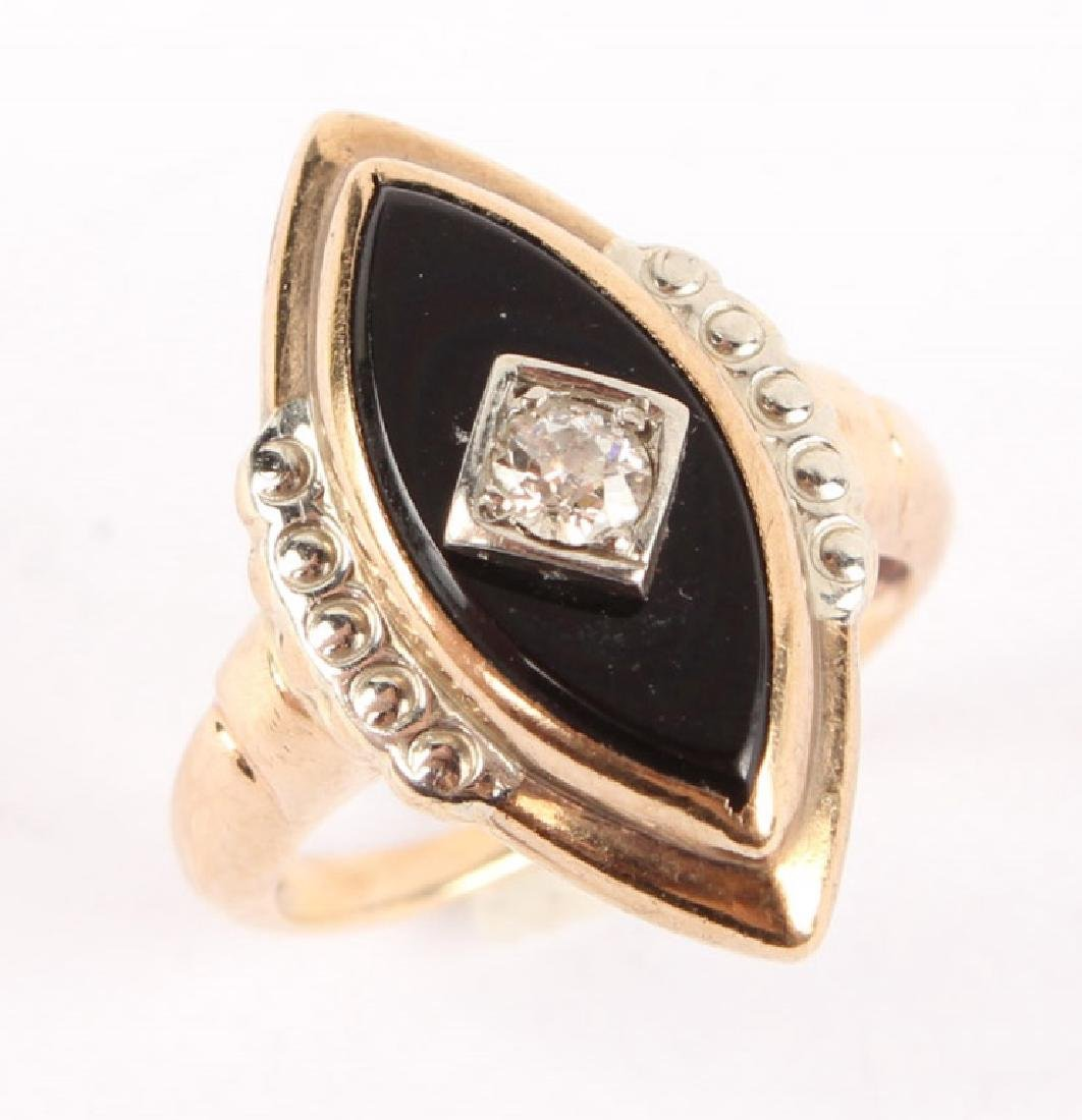 10K YELLOW GOLD ONYX & DIAMOND RING