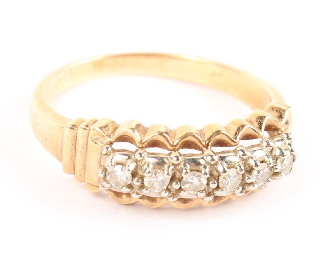 LADIES 14K YELLOW GOLD DIAMOND FASHION RING