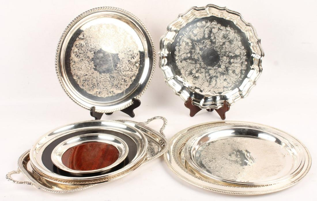 SILVERPLATED TRAYS & PLATTERS