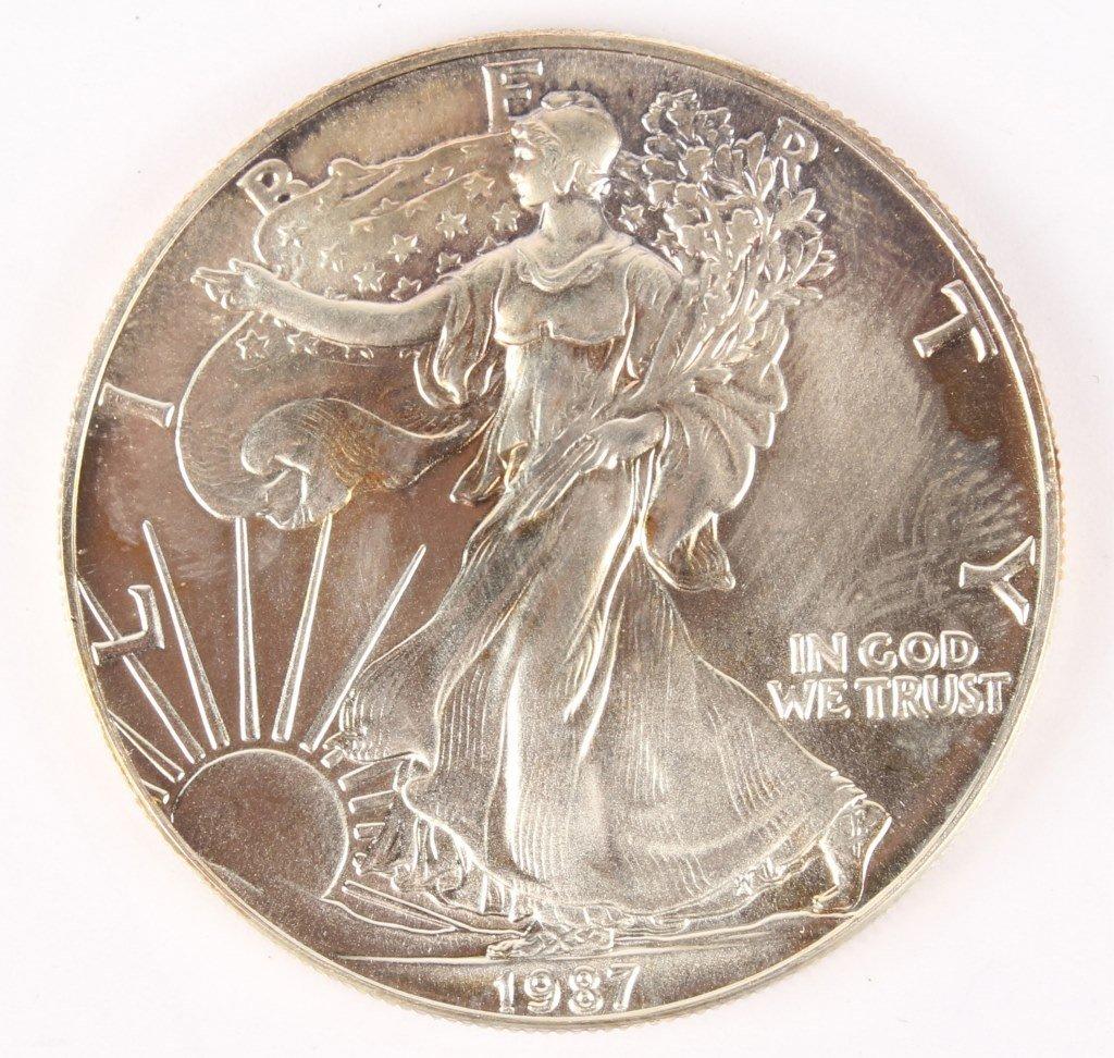 1987 1 OZ US SILVER EAGLE COIN