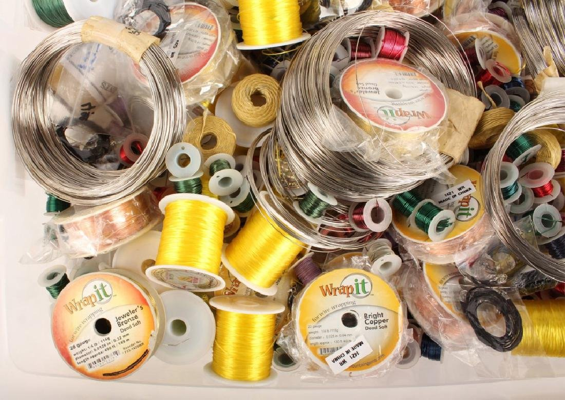 MIXED THREADS, WIRES & CORD FOR BEADING 17 LBS - 3
