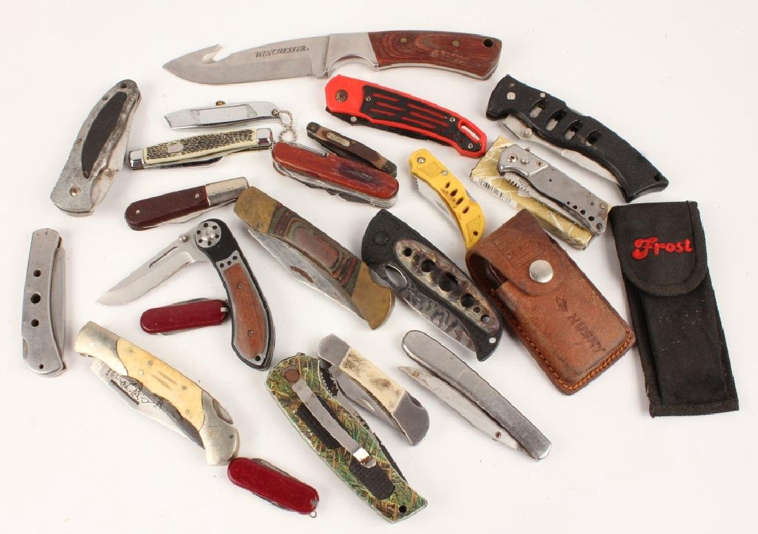 LARGE MIXED LOT OF MOSTLY POCKET KNIVES