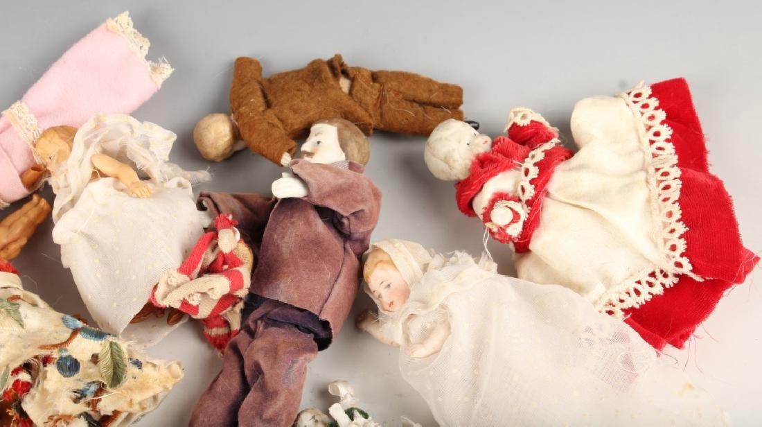 EARLY TO MID 20TH CENTURY PORCELAIN PLASTIC DOLLS - 3