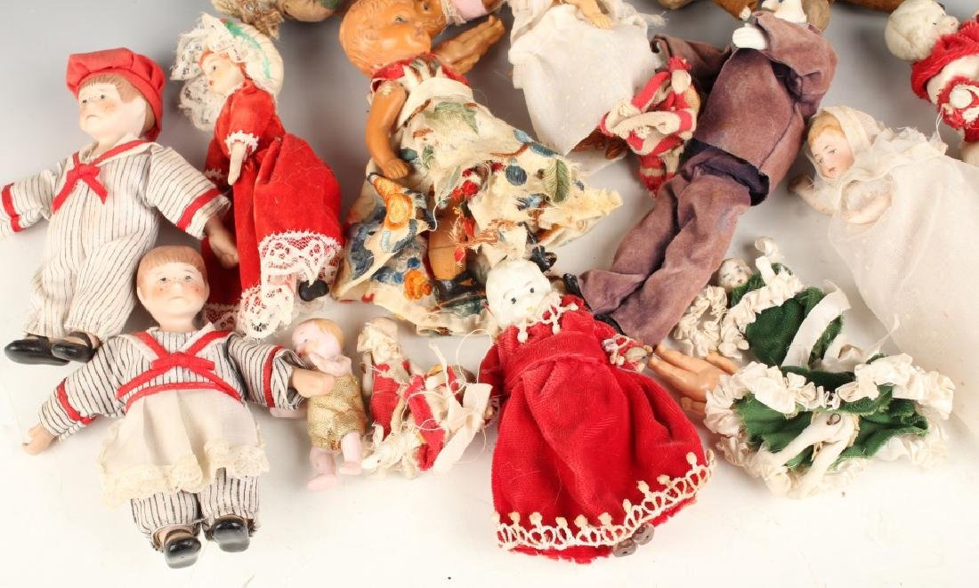 EARLY TO MID 20TH CENTURY PORCELAIN PLASTIC DOLLS - 4