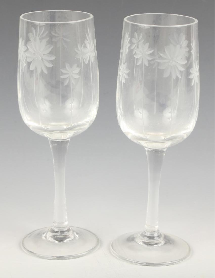 PAIR CORDIAL GLASSES WITH REPEATING DAISY PATTERN