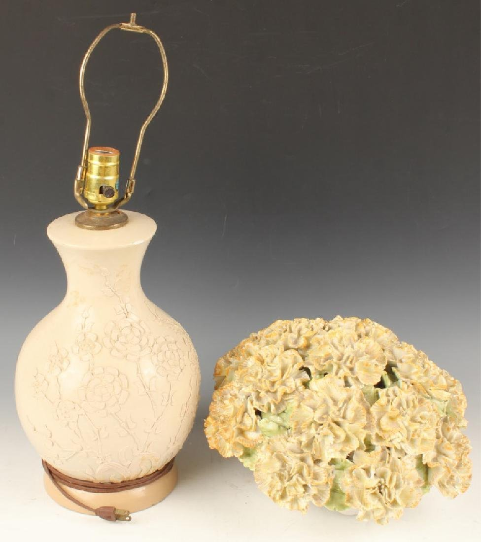 TAUPE CERAMIC TABLE LAMP BASE & CARNATION BOUQUET