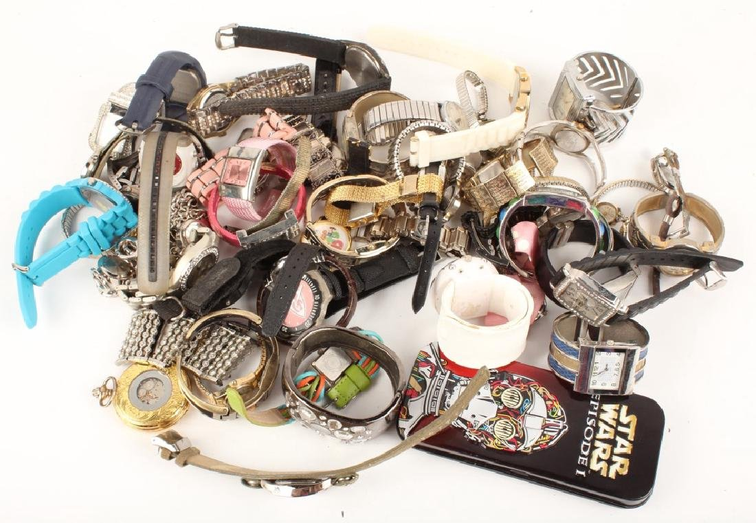 5.75 LBS OF MIXED MENS & LADIES WRISTWATCHES