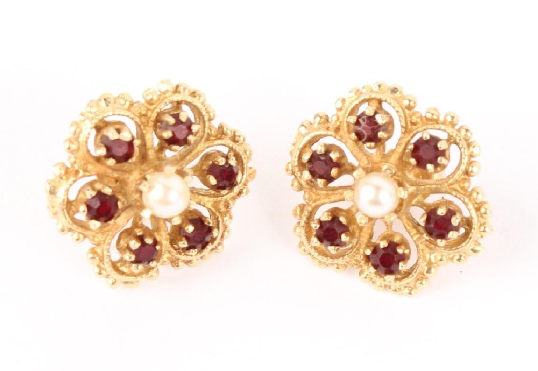 LADIES 14K YELLOW GOLD GARNET & PEARL EARRINGS