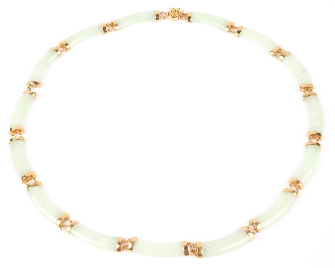 14K GOLD LIGHT GREEN JADE PRINCESS STYLE NECKLACE