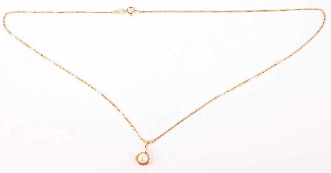 LADIES 14K YELLOW GOLD PEARL NECKLACE - 2