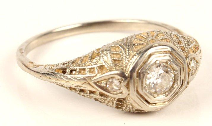 ANTIQUE LADIES 14K WHITE GOLD DIAMOND WEDDING RING