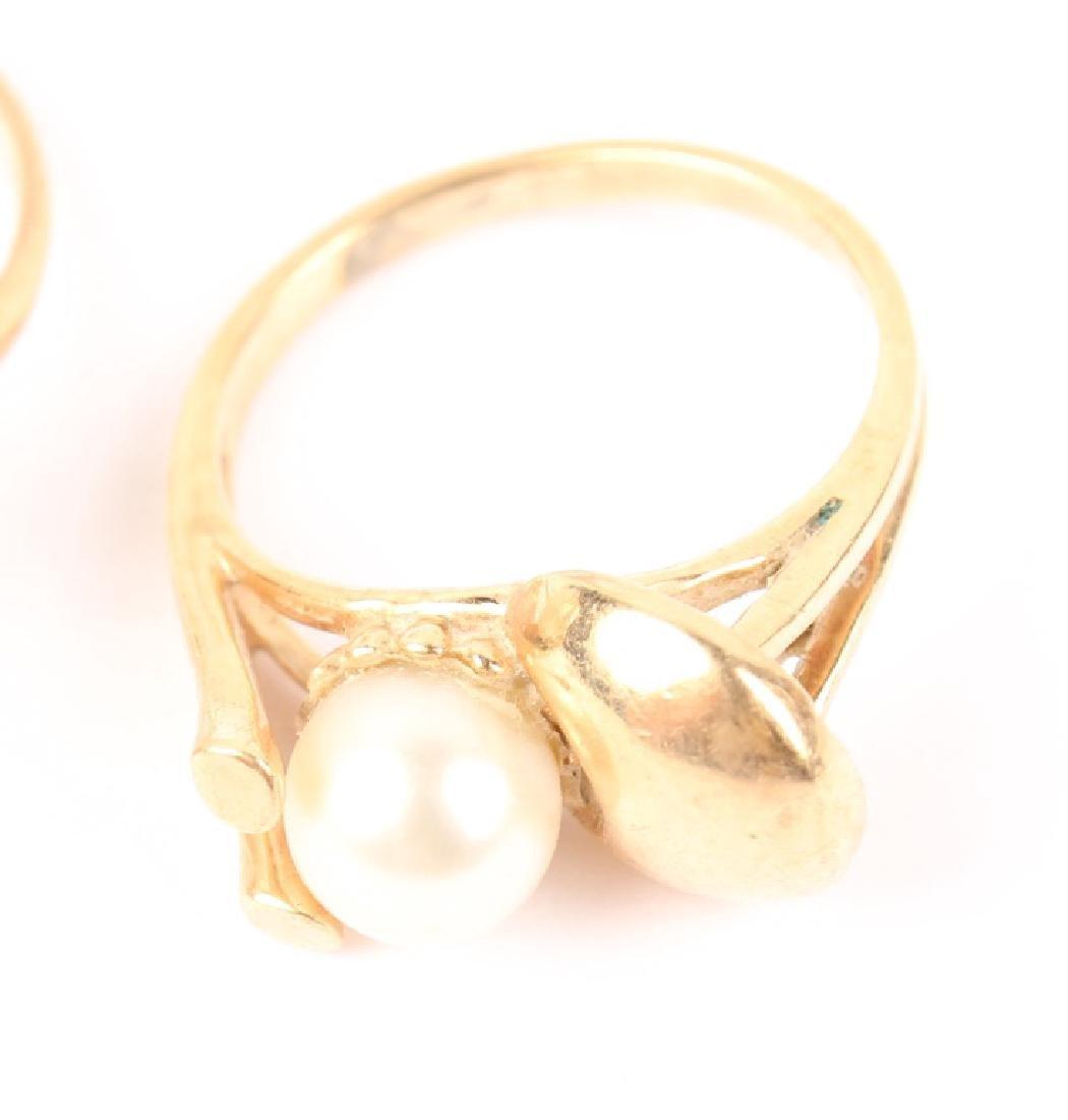 (2) LADIES 14K YELLOW GOLD PEARL RINGS - 3