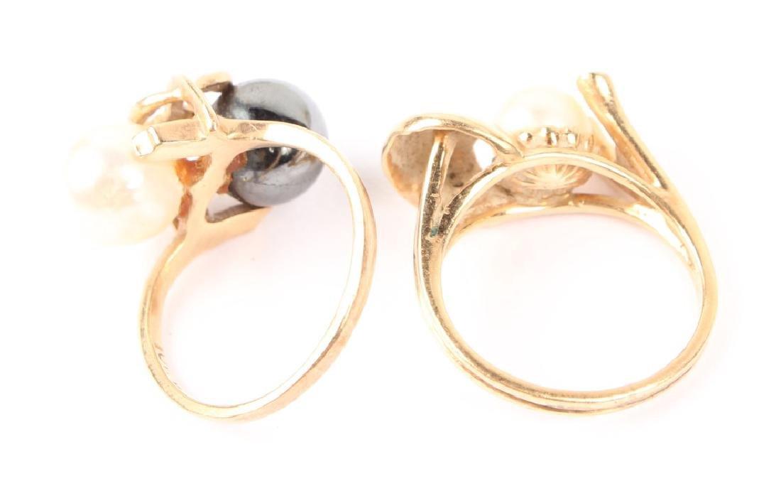 (2) LADIES 14K YELLOW GOLD PEARL RINGS - 4