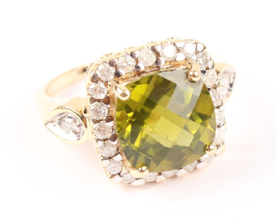LADIES 14K GOLD DIAMOND PERIDOT RING