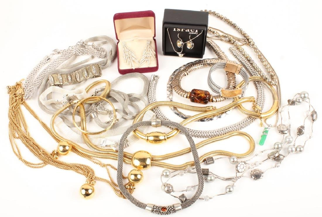 COSTUME SILVER GOLD TONE JEWELRY NECKLACES & MORE