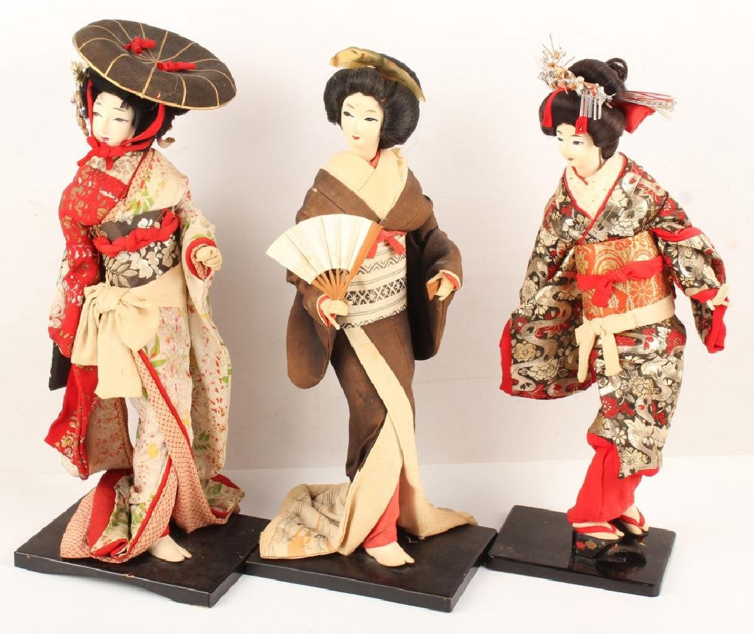THREE VINTAGE JAPANESE GEISHA KIMONO FAN DOLLS
