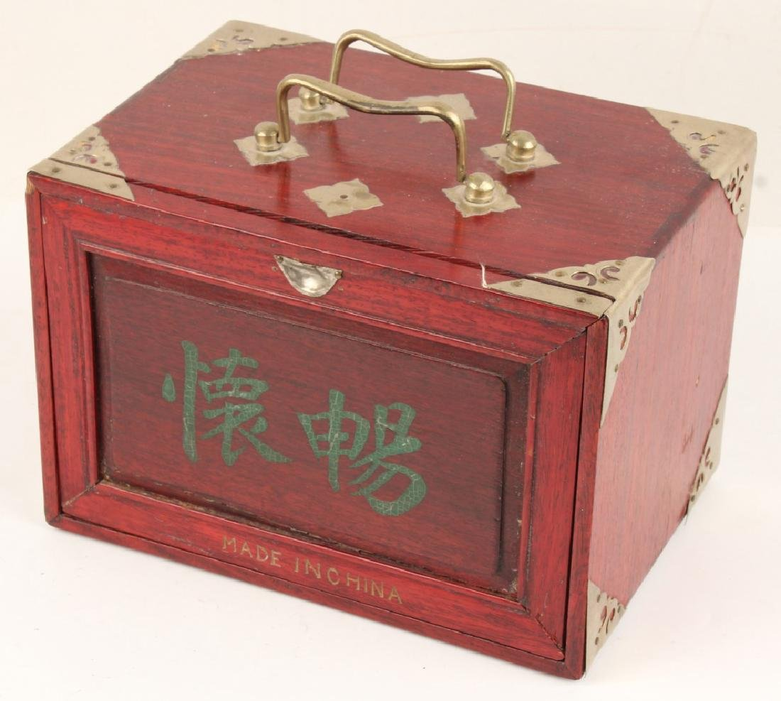 CHINESE BONE MAHJONG SET WITH WOODEN CASE