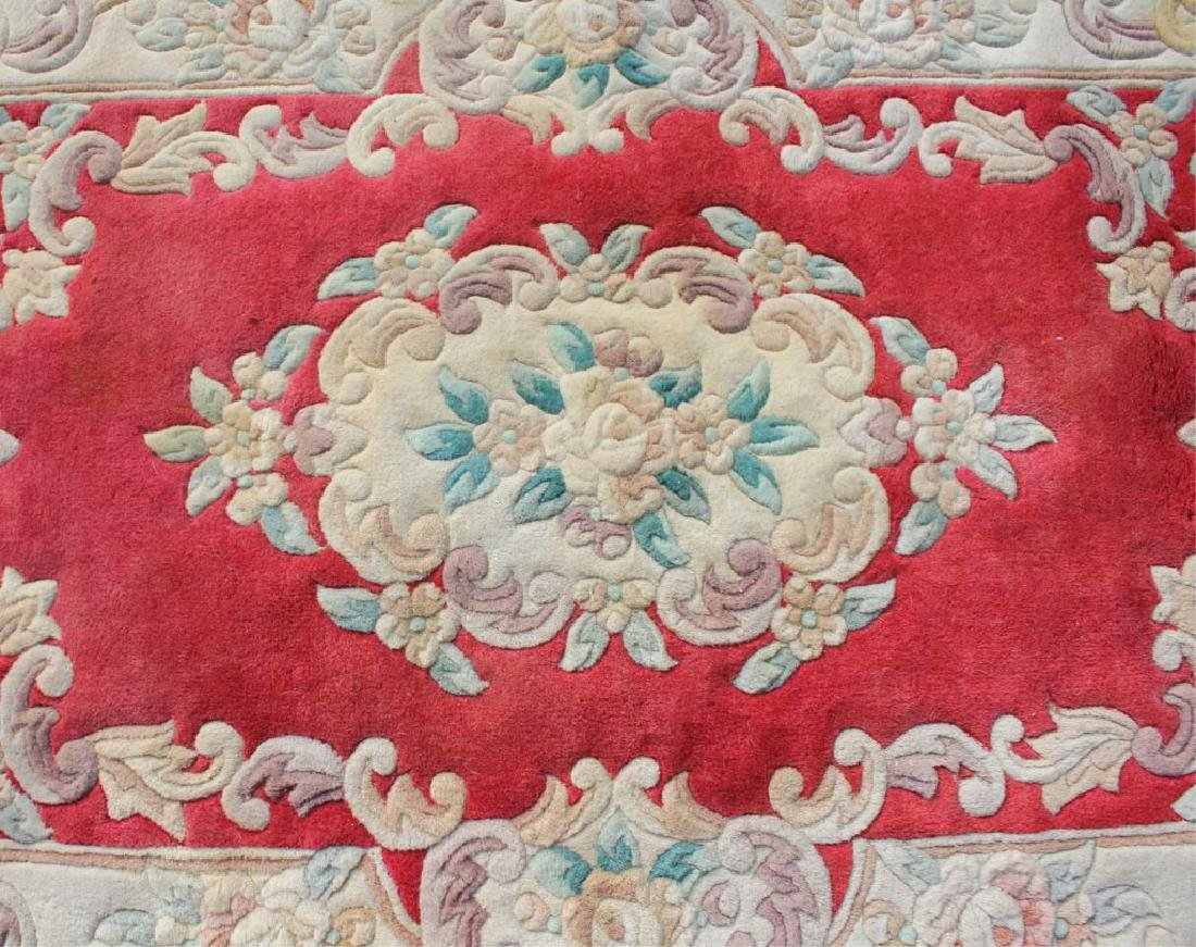 EUROPEAN FLORAL DESIGN RUG WITH EMBOSSED FEATURES - 3