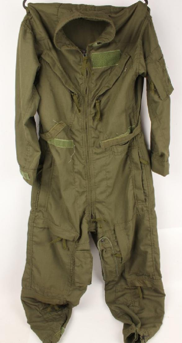 MENS GREEN U.S. MILITARY FLIGHT UNIFORM
