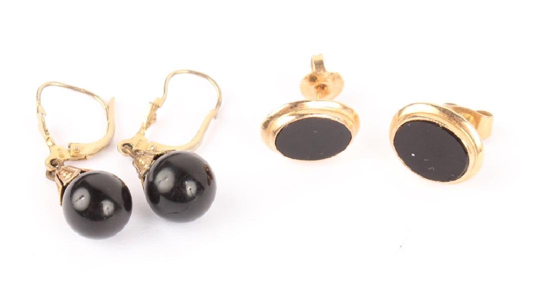 2 PAIRS OF LADIES 14K YELLOW GOLD ONYX EARRINGS