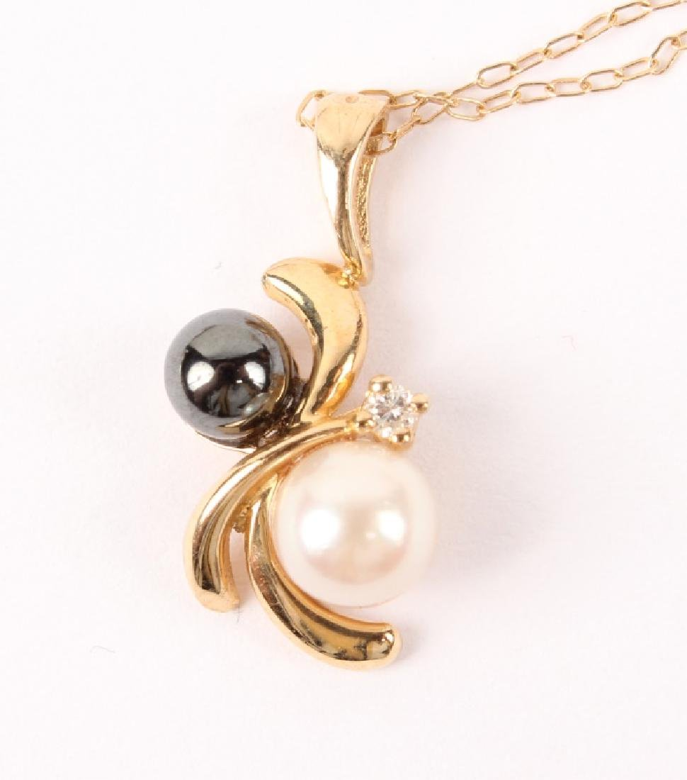 LADIES 14K YELLOW GOLD PEARL HEMATITE NECKLACE